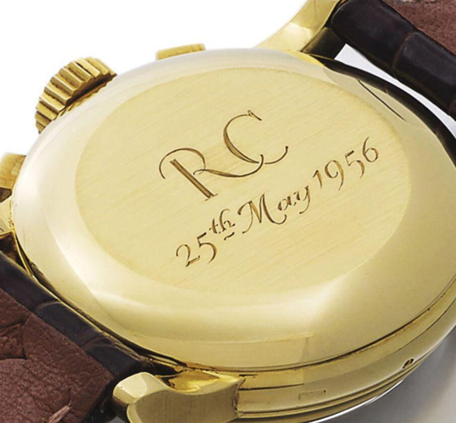 The caseback has been engraved with the releasing date of this timepiece.