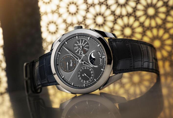 Swiss-made duplication watches forever present complex functions.