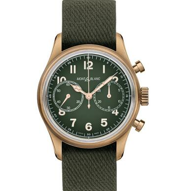 The Arabic numerals hour markers are contrasted to the green dial.