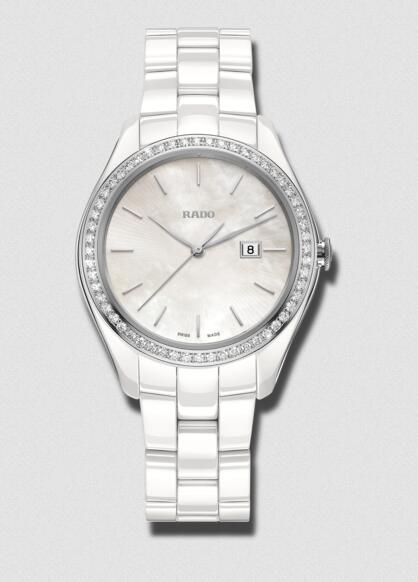 Online fake watches are extremely appropriate for women with the delicate size.